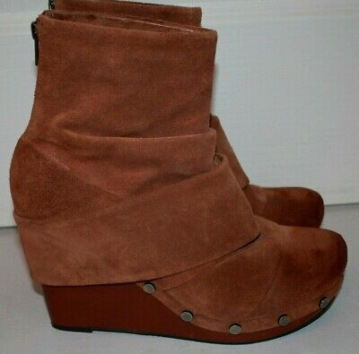 OTBT Arcola Brown Suede Studded Ankle Boots Wedge Platform Slouchy Boots Wom -