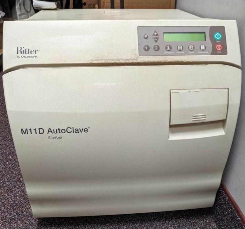 Midmark M11D Autoclave