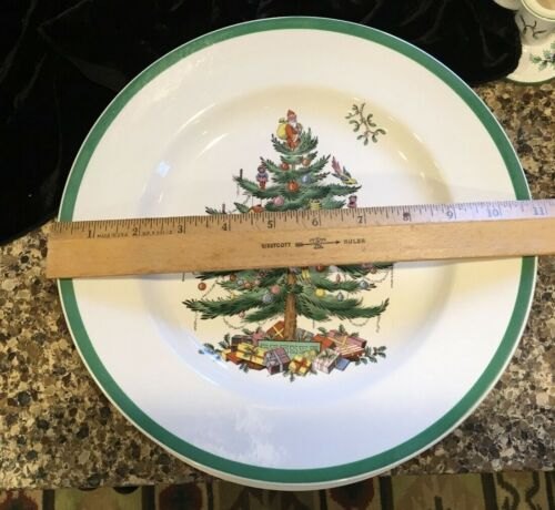 """SPODE CHRISTMAS TREE 10.5"""" DINNER PLATES MADE IN ENGLAND 2 SETS of TWO AVAILABLE"""