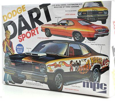 MPC 1975 Dodge Dart Sport W/ Driver Figure 1/25 Plastic Model Car Kit 798