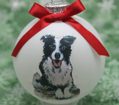 D028 Hand-made Christmas Ornament - Border Collie - cute black and white sitting