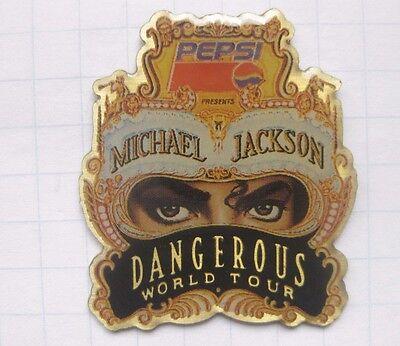 PEPSI  / MICHAEL JACKSON / DANGEROUS WORLD TOUR ... Musik-Pin (153c)