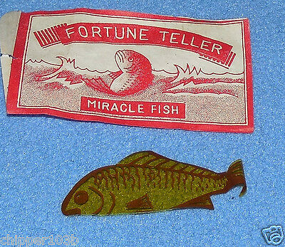 VINTAGE FORTUNE TELLER MIRACLE FISH  - 1950'S -  JAPAN -  NOS