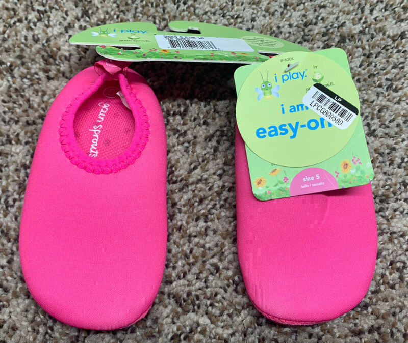 i play. by green sprouts. Pink Water Shoes. Size: 5.
