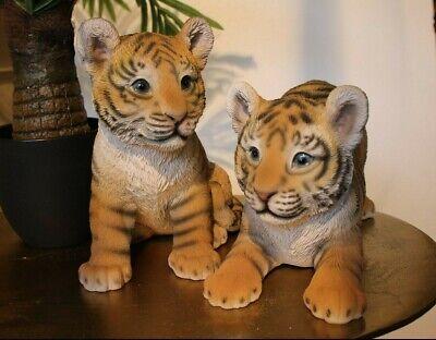 Süße kleine Tiger Tierbaby Tigerbaby spielend Safari sehen aus wie echt 23cm NEU