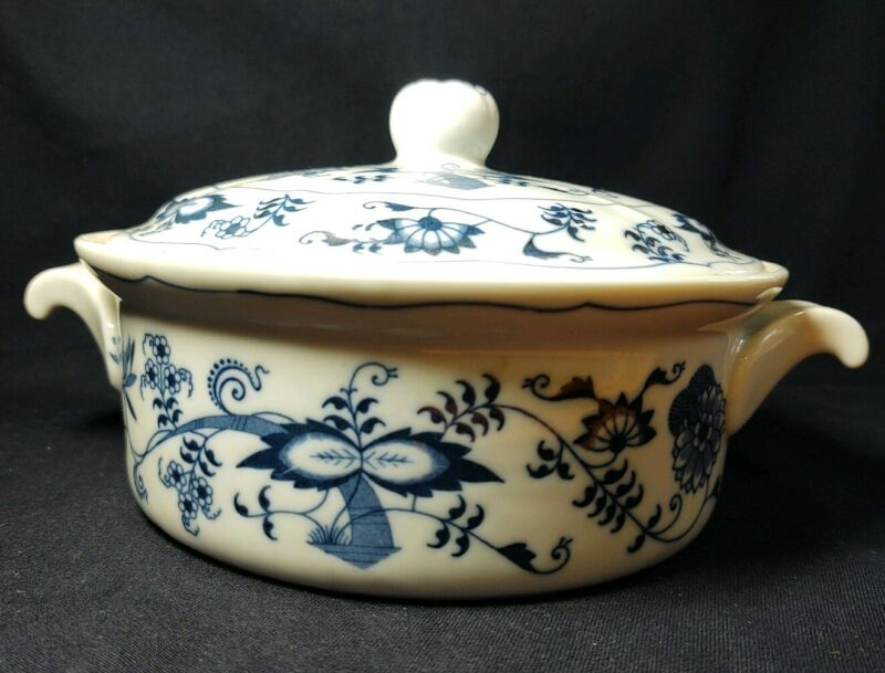 Vintage Blue Danube Large covered casserole dish. Used.