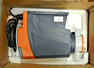 Prominent Fluid Controls Dlta0450pvt2000ud0131en0 Metering Pump