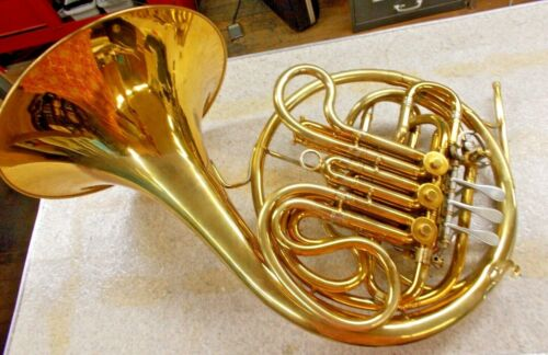 Double French Horn - King