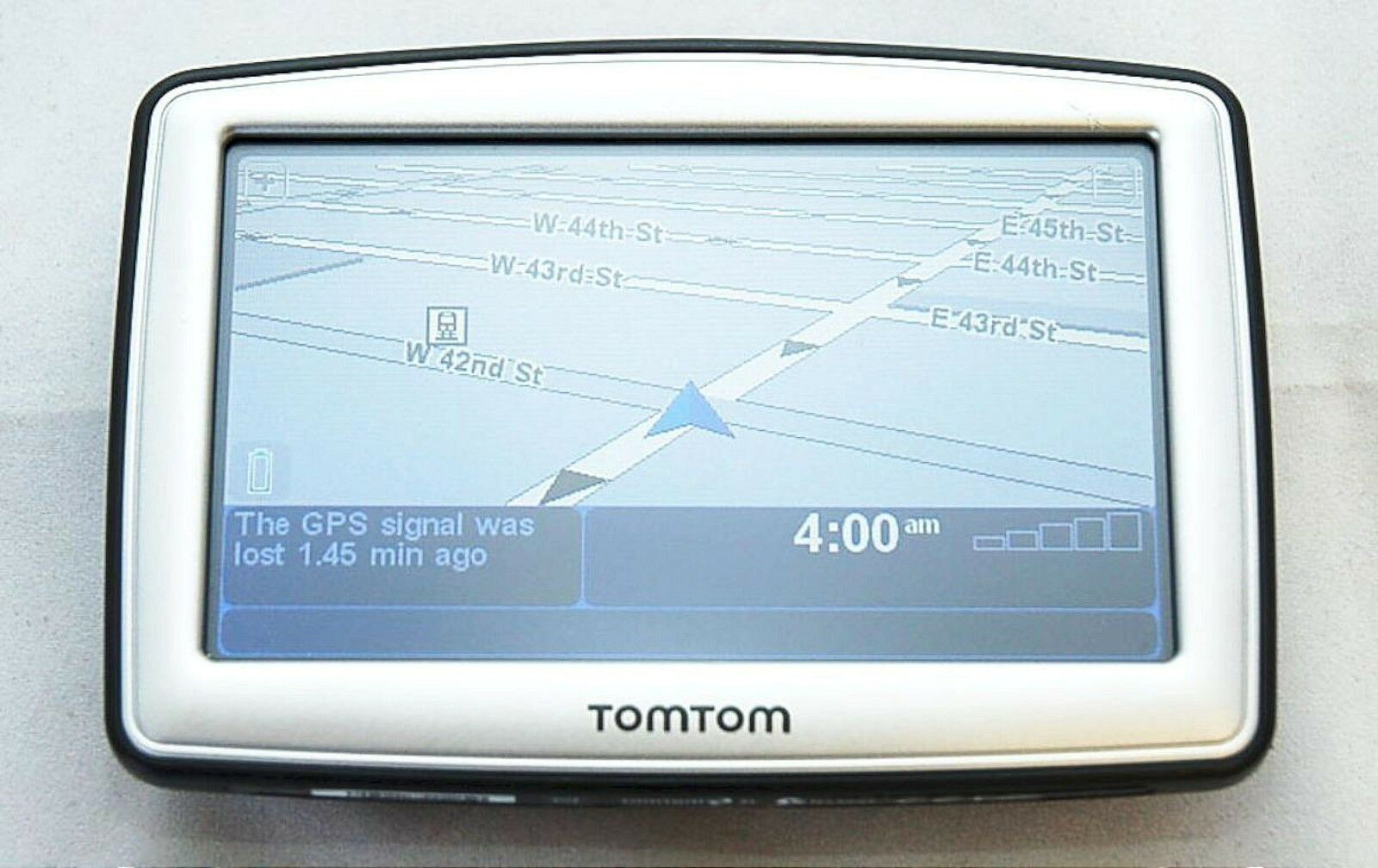 NEW TomTom XL 330S Car GPS Set 2013 USA Canada North America Maps