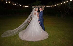 Wedding dress Merrimac Gold Coast City Preview