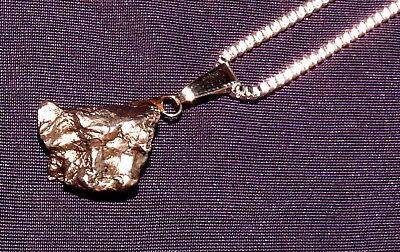 Anhänger Meteorit Campo del Cielo, mit Kette versilbert, 21x17x8mm 6,9g  陨石
