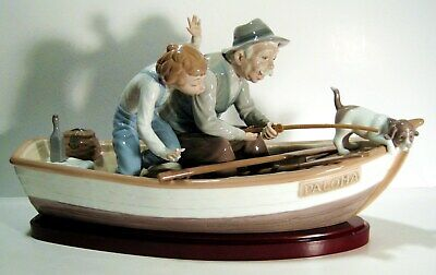 LLADRO_porcelain figurine # 5215 _Fishing with Gramps_w wood base
