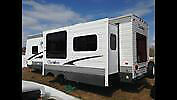 2007 cherokee camper 30ft big solar panel !!!