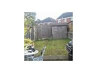 2 Bedroom house in Droitwich. A double room to rent. Garden, own parking, very nice area