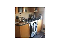 Double room available in modern furnished flat