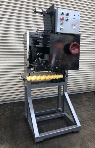 PDC 75ER Neck Bander Heat Shrink Sleeve Labeler, Bottle Labeling Machinery