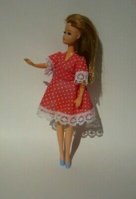 1970's VINTAGE PALITOY DANCING PIPPA DOLL WITH RED MINI DRESS OUTFIT FLEXI-LEGS