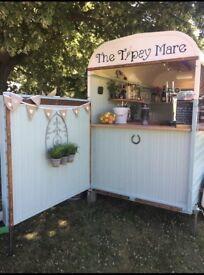 """The Tipsy Mare"" Horse Box Bar Hire"