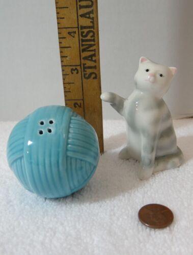 Striped Cat Yarn Ball Salt Pepper Shakers Ceramic Unmarked
