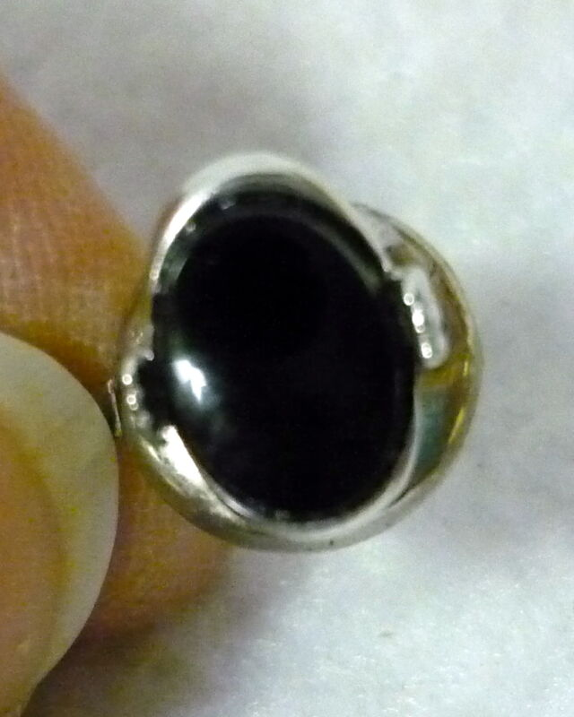 VINTAGE SWANK SILVER TONE WITH BLACK GLASS STONE TIE TAC PIN WITH CHAIN