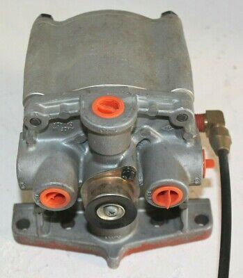 Bendix 296914 Air Brake Check Valve - T-247280 ()
