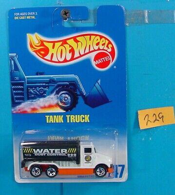C229 HOT WHEELS 1991 COLLECTOR NO.147 TANK TRUCK WATER DUST CONTROL  NEW ON (New Hot Water Tank No Hot Water)