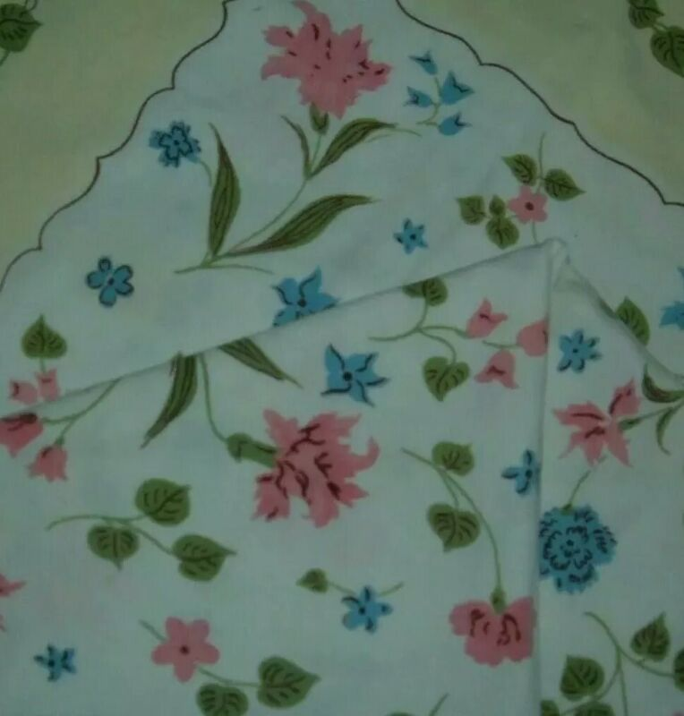 VINTAGE TABLECLOTH FLORAL PINK YELLOW