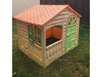 KIDS age 3+ LARGE PLASTIC PLAY WENDY HOUSE GARDEN