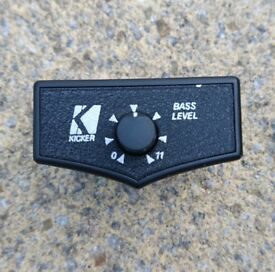 Kicker Amp On-Dash Bass Controller