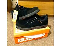 Scruffs size 8 safety trainers (toe caps)