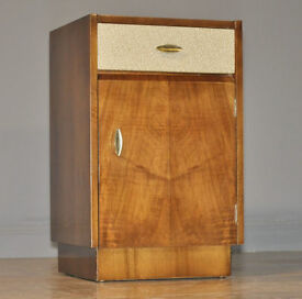 Attractive Small Vintage Retro Walnut Bedside Cabinet Table With Drawer