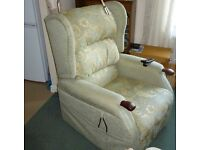Electric Recliner Armchair with Heat & Massage