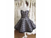 Beautiful short black/white wedding dress 16/18