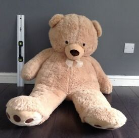 Large stuffed Toys R Us Bear