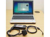 Toshiba U200 Laptop Win7