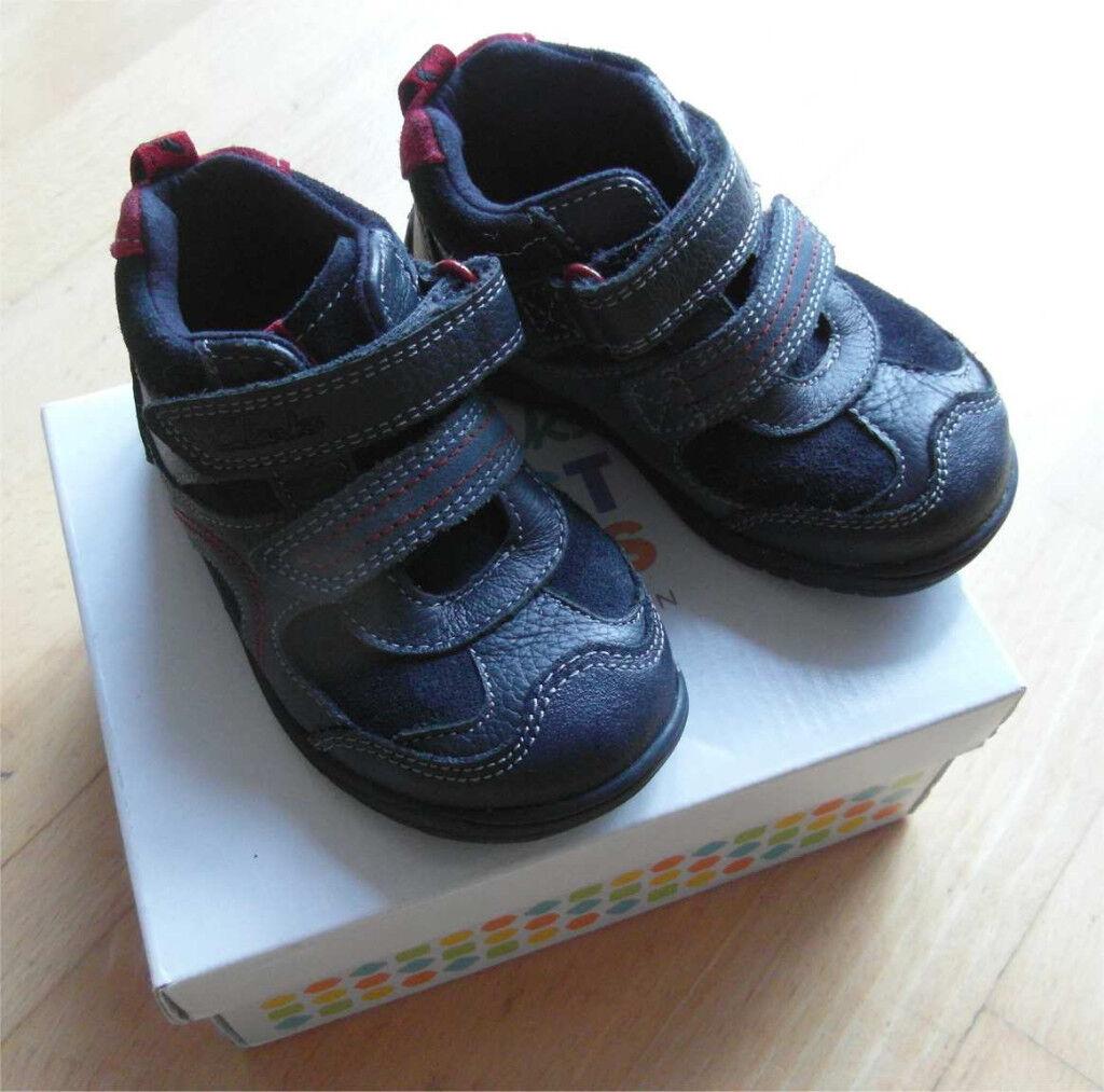 Clarks Boys Ru Rockshi FST Navy Leather Boots
