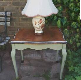 Queen Anne Side / Lamp Table