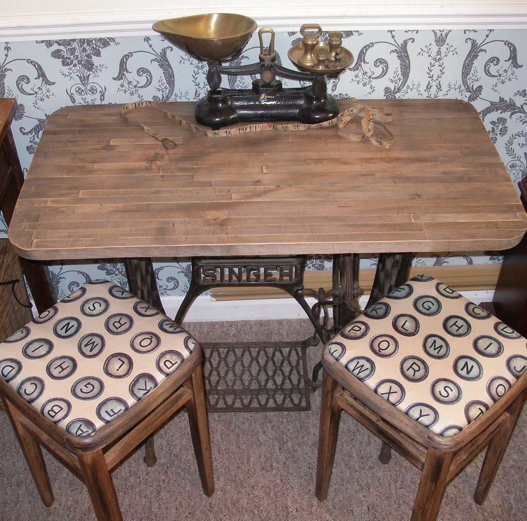 Shabby Chic Singer Sewing Machine Table 2 Vintage Stools Chairs Dinin