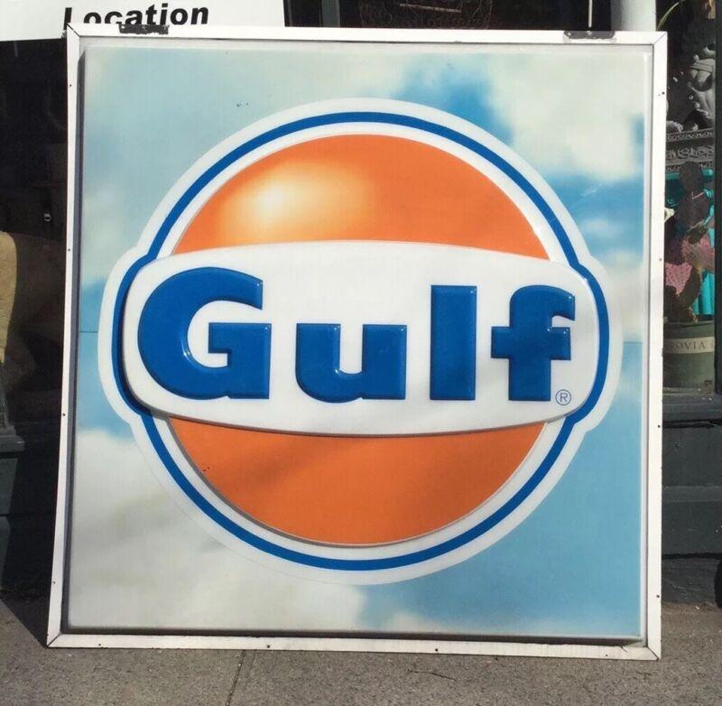 Huge Gulf Gas Service Station 6