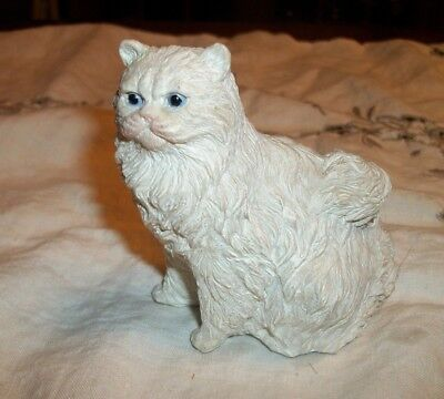 """White Cat Figurine -Blue Eyes - 3 1/2"""" Tall - Made in Indonesia"""