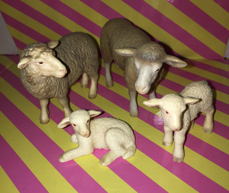 SCHLEICH SHEEP FAMILY 4 Ewe Ram Lamb Baby Farm Animal figures 2002 2003 Retired