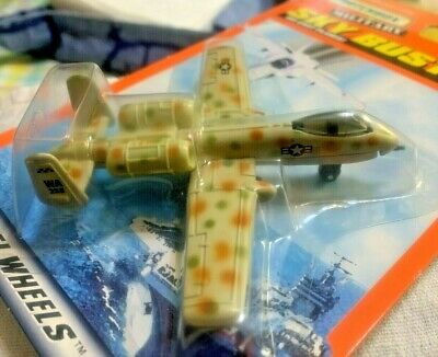 1998 MATCHBOX MILITARY SKY BUSTERS A-10A WARTHOG RARE DESERT CAMOUFLAGE TAMPOS