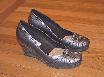 New Steve Madden 'Bugsy' Women's Bronze Leather Wedges (Sz 6)