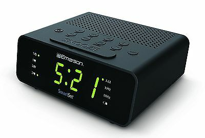 Emerson CKS1800 SmartSet Alarm Clock Radio with AM/FM Radio, Dimmer, Sleep Timer