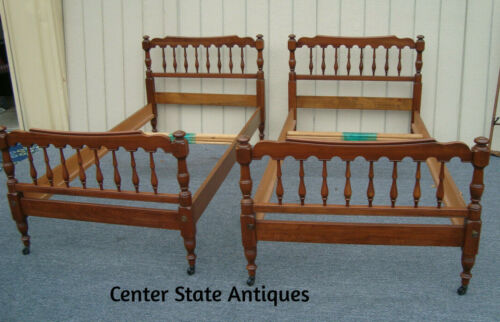 61542  Pair Solid Cherry Pennsylvania House Twin Size Beds w/ side rails