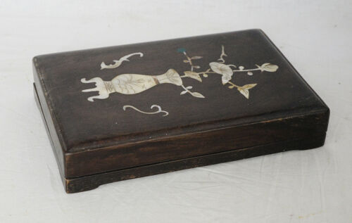 Chinese  Ink  Stone  With  Wood  Box     M3488