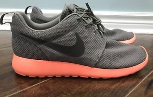 Roshe Run Mango 10.5US