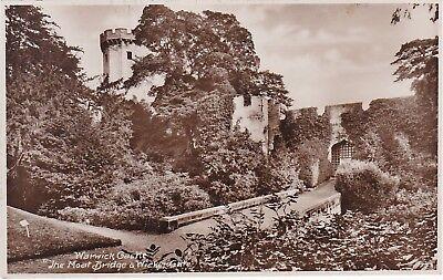 The Moat Bridge & Wicker Gate, Castle Grounds, WARWICK, Warwickshire RP ()