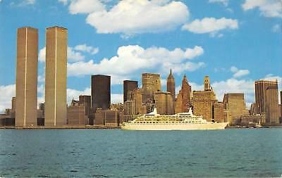 US2457 USA World Trade Center New York City Boat Panorama Twin Towers