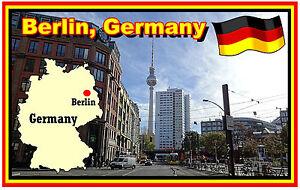 Berlin-Germania-MAPPA-amp-BANDIERA-Negozio-di-souvenir-novita